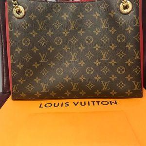 Louis Vuitton SURÈNE MM Bag